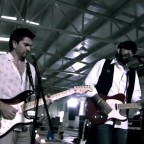 1352821739-DESUPERESTRELLA-Juan-Luis-Guerra-Ft-Juanes-La-Calle-HD-avi-snapshot-00-58-2010-09-20-21-53-52-
