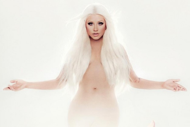 1349721528-DESUPERESTRELLA-Christina-Aguilera-Lotus-Feature