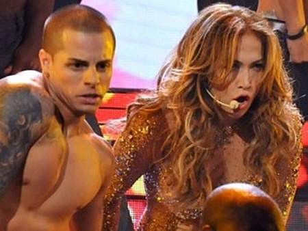 jennifer-lopez-baila-casper-smart