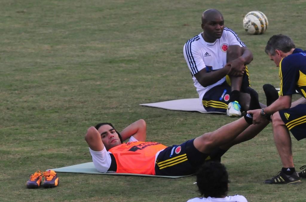 La selección colombiana viaja a Paraguay para su último partido ...