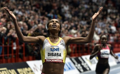 Видео. Мировой рекорд в Стокгольме. 3000 м - Гензебе Дибаба