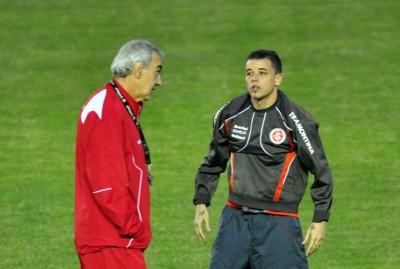 Argentino D'Alessandro quiere retirarse en el Internacional brasileño