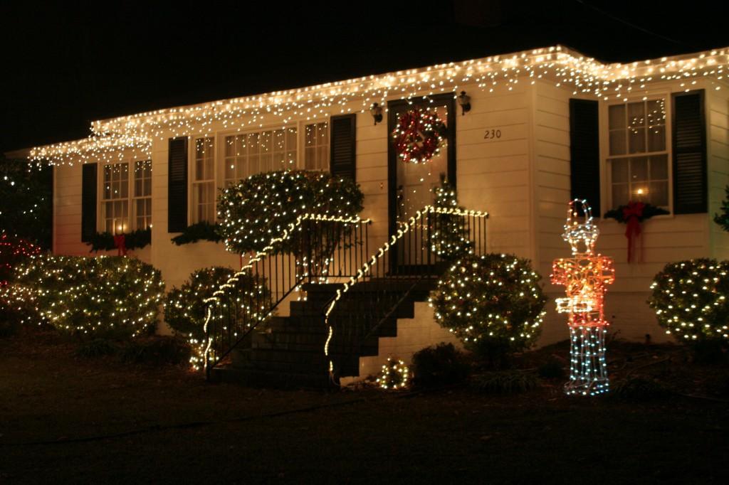 Ad samples el pueblo de la navidad de carolina del - La casa de la navidad ...