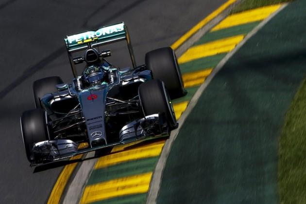 Rosberg anuncia que Mercedes sigue dominando; Ferrari y Sainz empiezan bien
