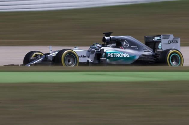 Palmer (Lotus) supera a Mercedes en la última jornada de test en Barcelona