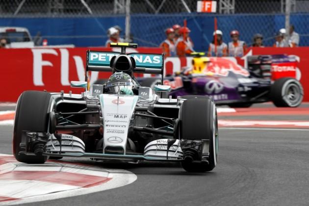 Los Mercedes de Rosberg y Hamilton, al frente en la tercera sesión libre