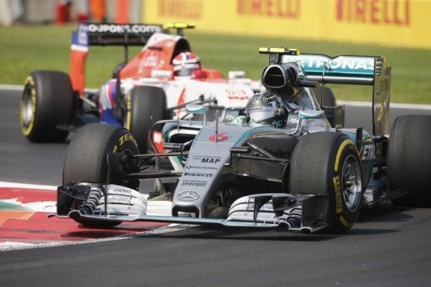 Rosberg gana el Gran Premio de México por delante de Hamilton