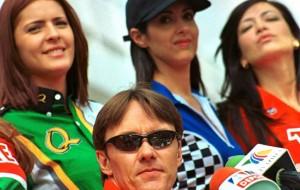 El expiloto Adrián Fernández asegura tener compromiso con la Fórmula E