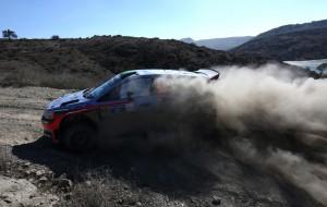 El finlandés Latvala salta al primer lugar del rally de México
