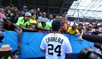 9-2. Cabrera y Martínez jonronean en la victoria de los Tigres sobre los Mellizos