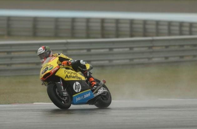 Rins toma el mando en Moto2