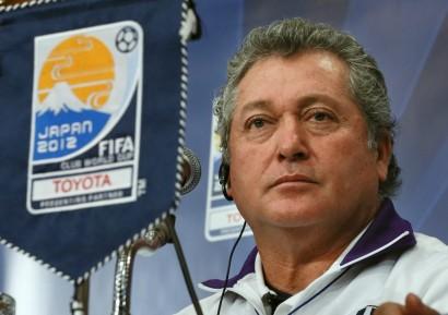 El mexicano Vucetich renueva como técnico del Querétaro