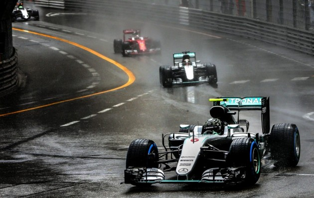 Hamilton gana en Mónaco, Ricciardo y Pérez completan el podio; Alonso, quinto