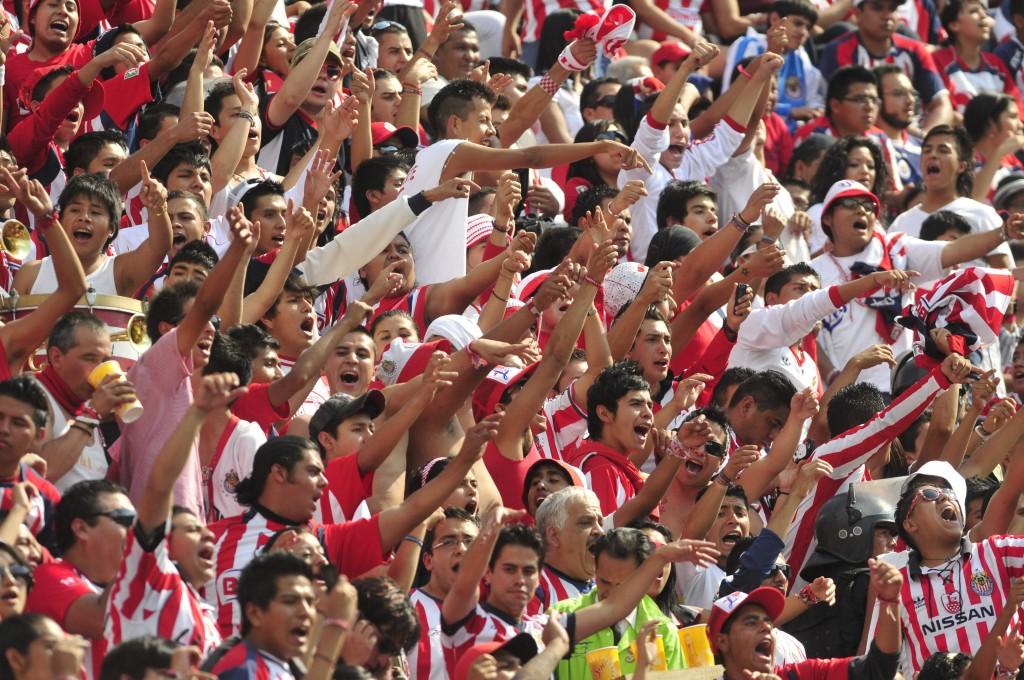 El canal de las Chivas, apuesta en un país con fútbol en televisión abierta