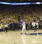 Warriors pierden el título, pero no la condición de equipo histórico