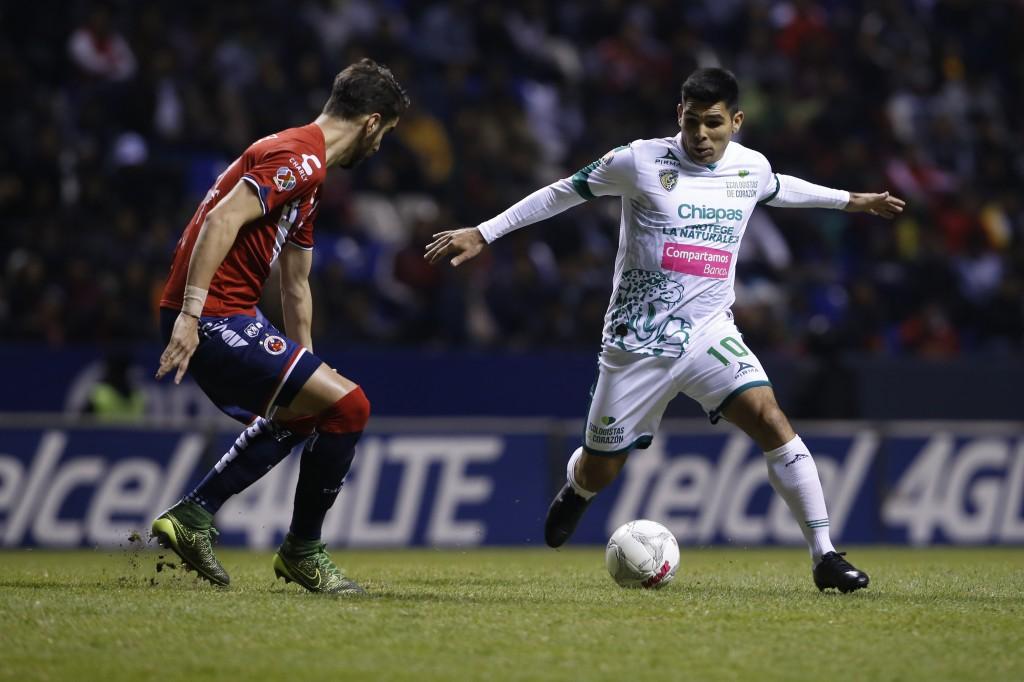 Argentino Noya dice que el Veracruz jugará un partido histórico ante Chivas