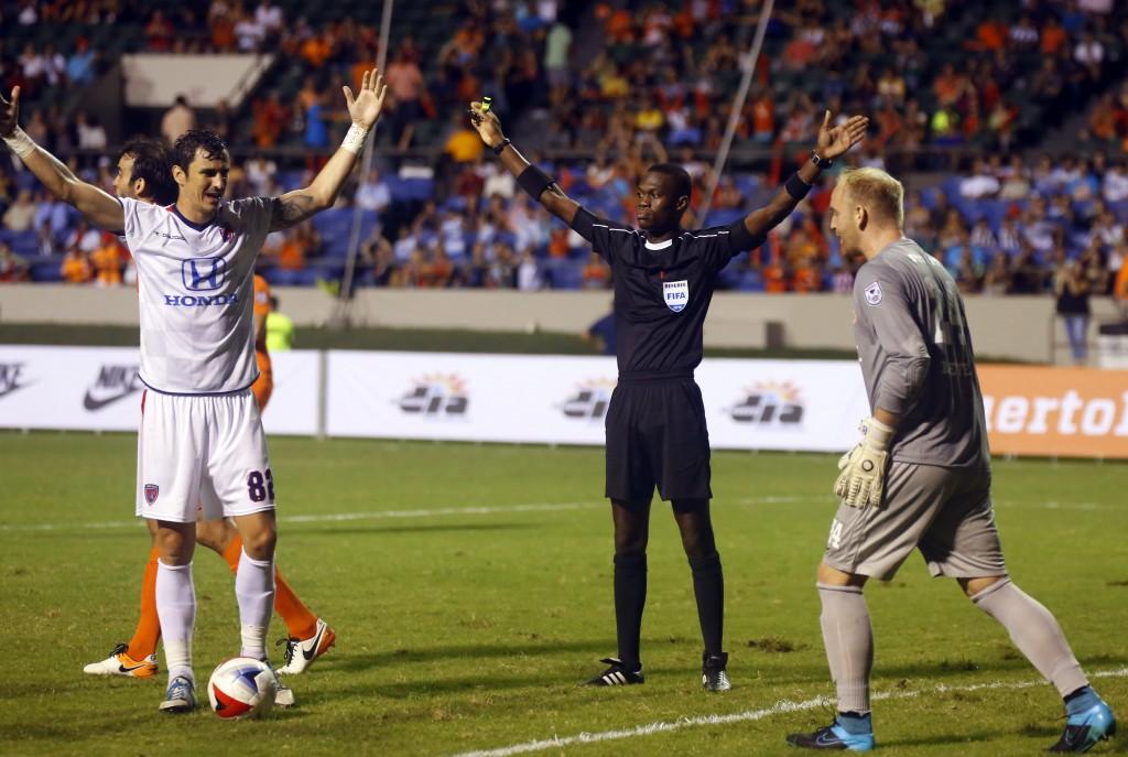 El club de fútbol de Carmelo Anthony empata 1-1 en su estreno en la Liga Norteamericana