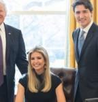 revuelo-por-sentarse-en-el-escritorio-presidencial