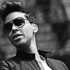 1367503226-DESUPERESTRELLA-PrinceRoyce